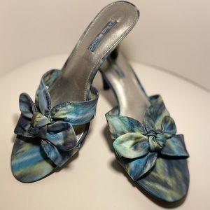Bandolino BDQUELINDA Size 8 Kitten Heal Sandal